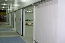 Kühlraum mit Schiebetoren