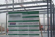 Unser Bauschild mit den am Bau beteiligten Firmen