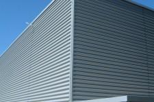 Kühlhausfassade im Industriedesign