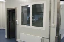 Eingang Meisterbüro- alle Details in Hygieneausführung